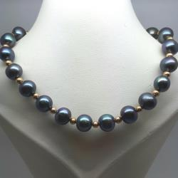 Peacock pearls with 9ct fittings